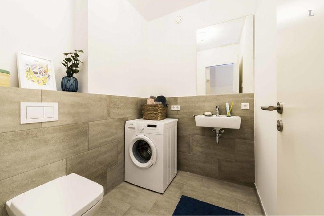 Stupendous single bedroom in Moabit