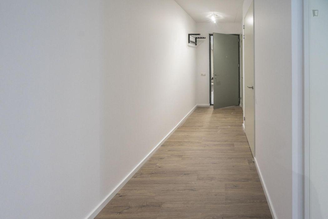 Nice double bedroom in a 3-bedroom apartment near Diemen-Zuid metro station