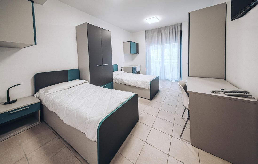 Bed in a twin bedroom, in a residence in Lingotto