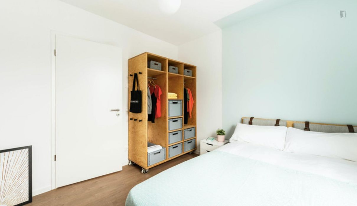 Comfy double bedroom in a 4-bedroom apartment near S+U Lichtenberg train station