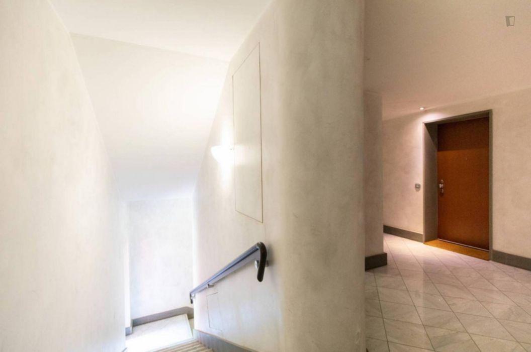 1-Bedroom apartment near Domodossola FN metro station