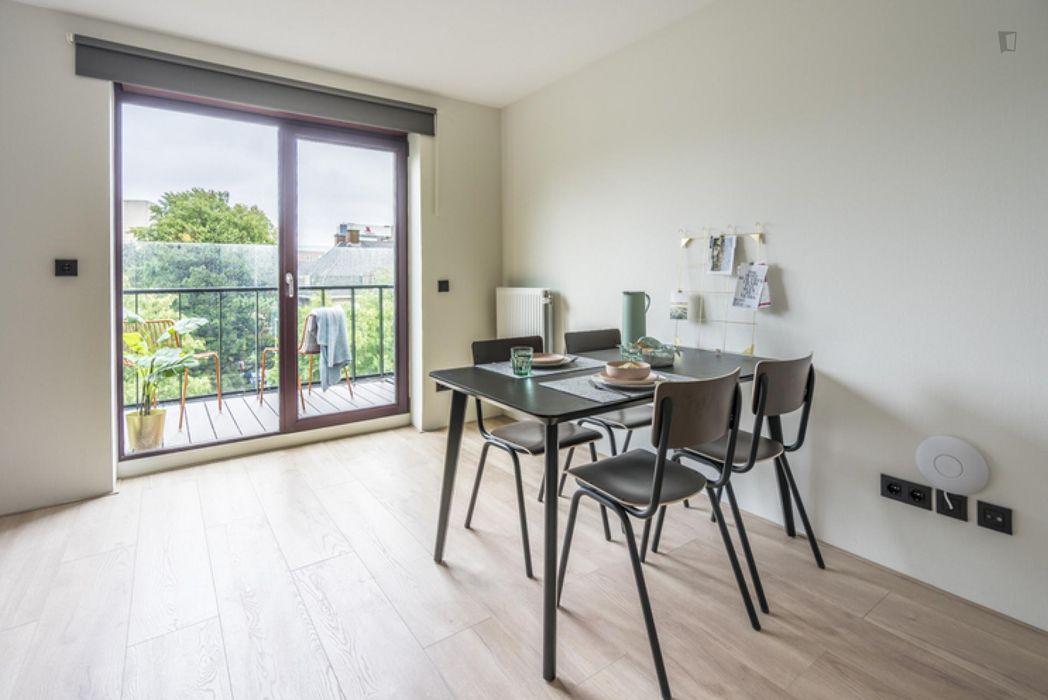 Peaceful single bedroom in The Hague