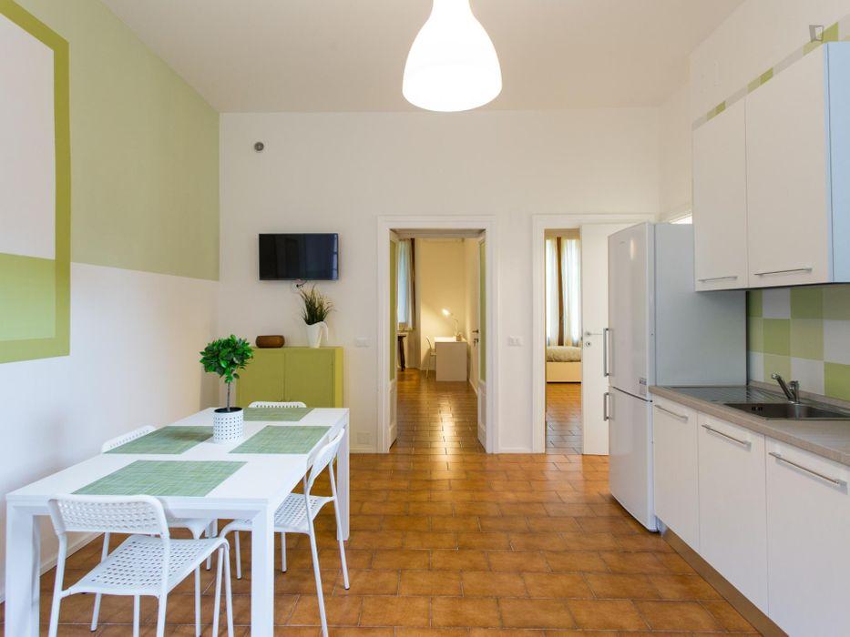 Nice single bedroom in in Zona Delle Regioni