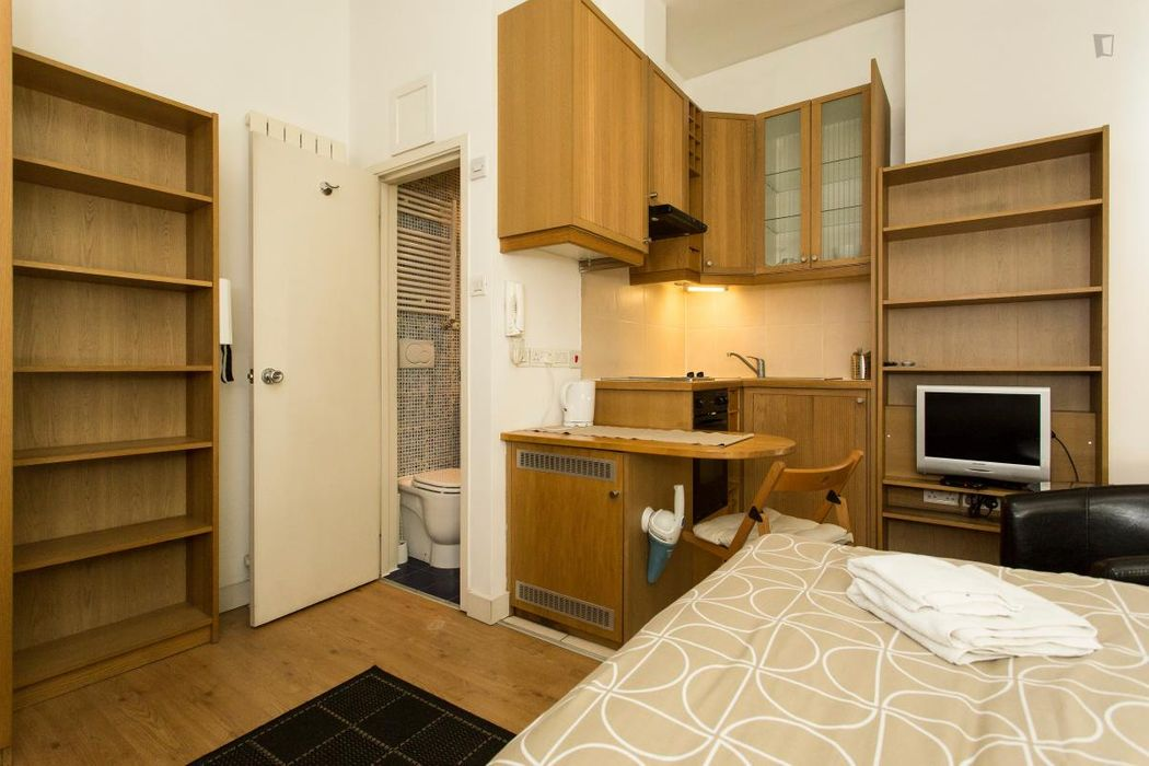 Student accommodation photo for Finchley Road in Hampstead, London