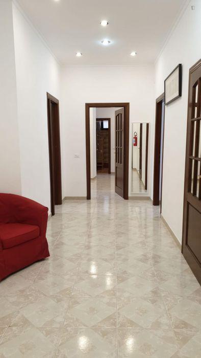 Triple bedroom in a 4-bedroom apartment near Parco della Mole Adriana