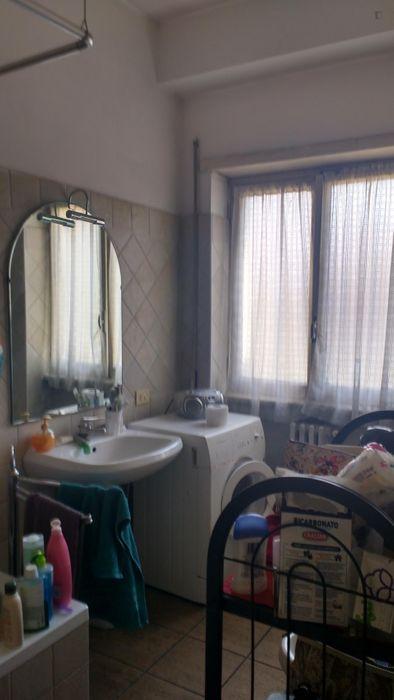 Single bedroom in a 4-bedroom apartment near Baldo Degli Ubaldi metro station