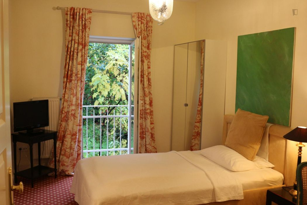 1-Bedroom apartment near Alte Oper metro station