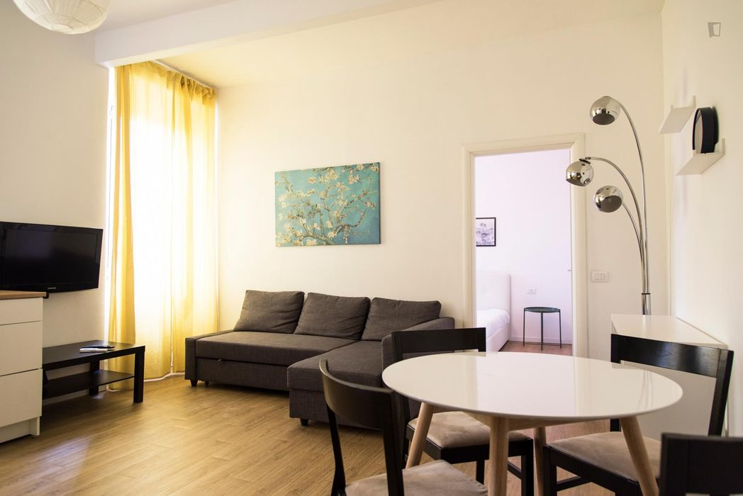 Bright 1-bedroom apartment near Gerusalemme metro station