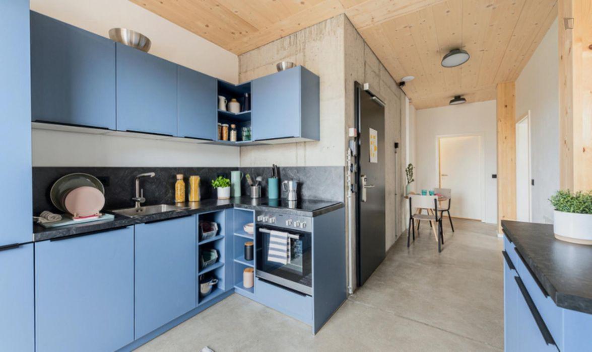 Cool double bedroom in a 5-bedroom apartment near U-Bahnhof Rehberge metro station