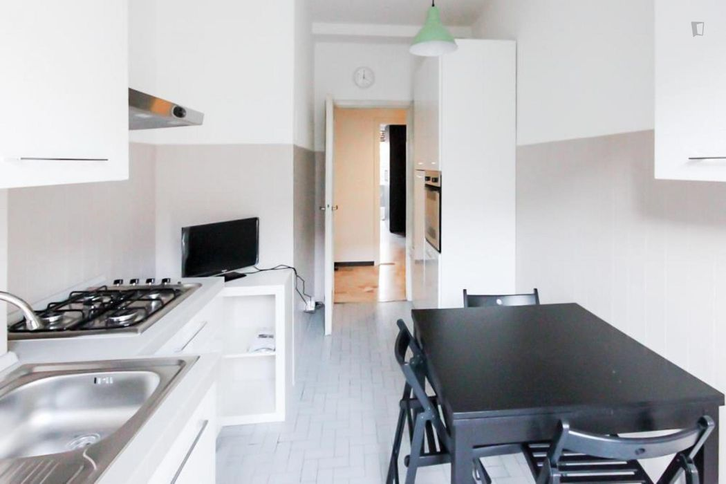 Elegant double bedroom in a 4-bedroom apartment near Bande Nere metro station