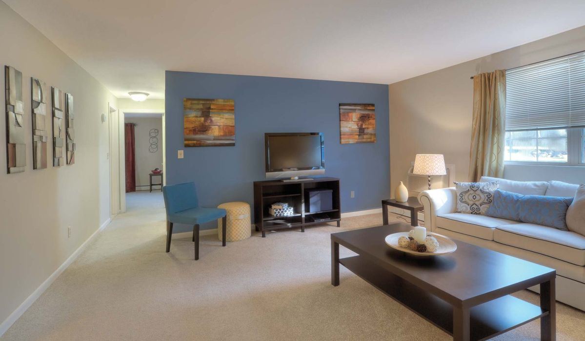 Student accommodation photo for Waterford Village in City Center, Bridgewater, MA