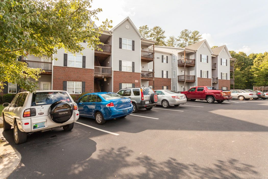 Student accommodation photo for Blue Ridge Apartments in West Raleigh, Raleigh