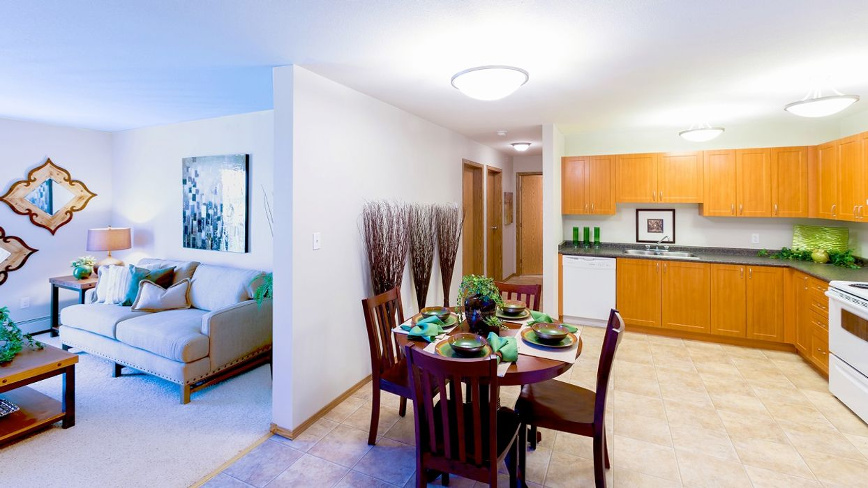 Student accommodation photo for Riverbend Terrace in Riverbend & Rivergrove, Winnipeg