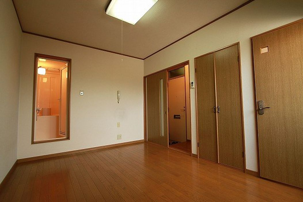 Student accommodation photo for College House Nishi Gami Ⅲ in Senriyamatakatsuka, Suita, Osaka Prefecture