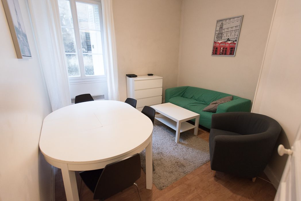 Student accommodation photo for 15 bis rue des Jardiniers in République & Bastille, Paris
