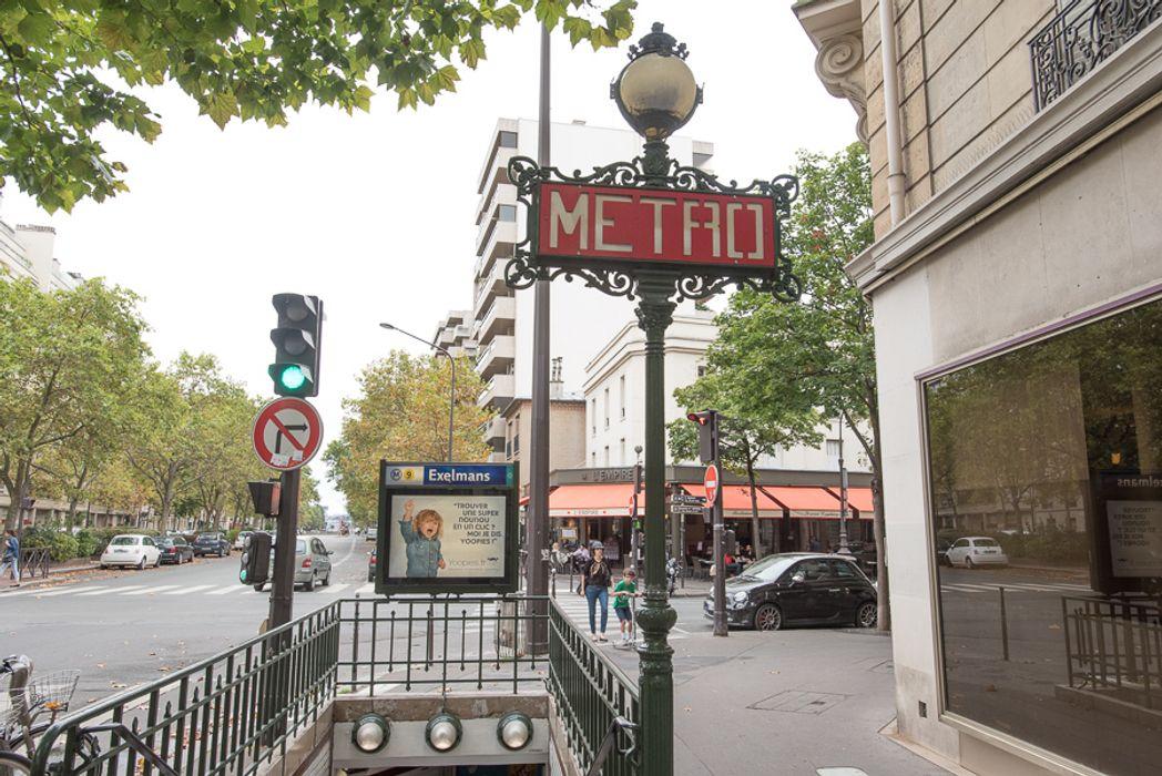 Student accommodation photo for 61 rue Erlanger in Etoile, Trocadéro & Auteuil, Paris