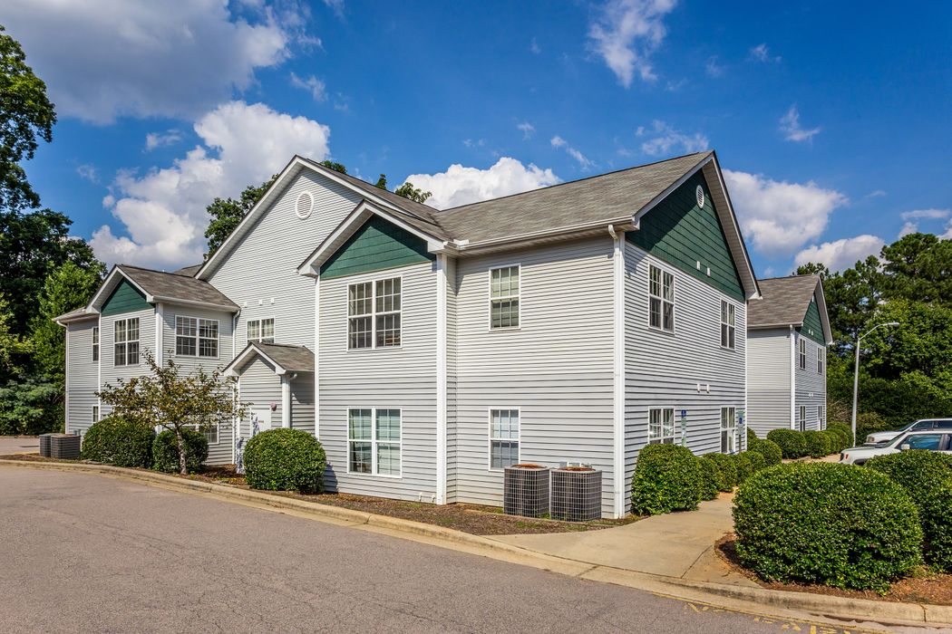 Student accommodation photo for University Meadows Raleigh in West Raleigh, Raleigh