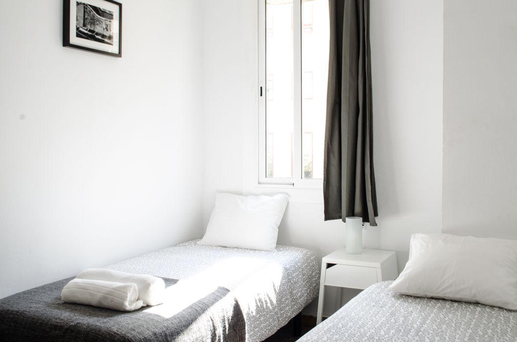 Comforts of Home- Travessera de Gracia