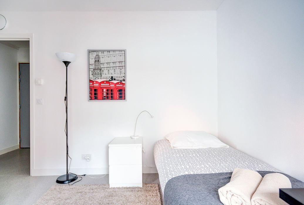Comforts of Home - 10 Rue de Musset
