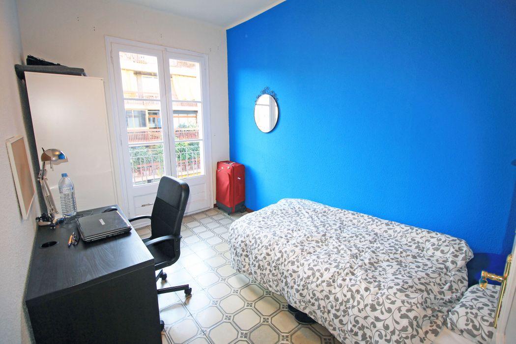 Student accommodation photo for Residencia Entença DOS in Eixample & Gràcia, Barcelona