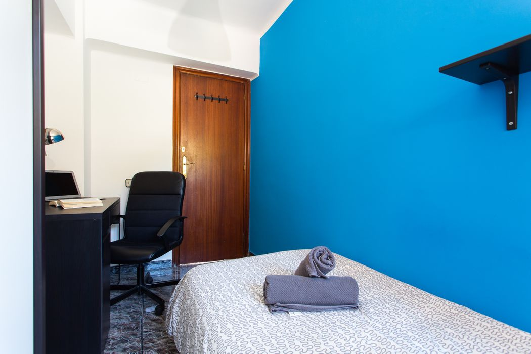 Student accommodation photo for Puerto in El Poble-sec, Barcelona