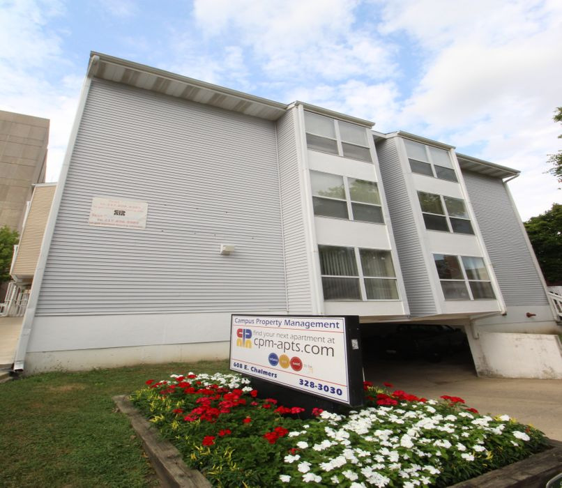 608 E Chalmers Champaign-Urbana Student Housing • Reviews