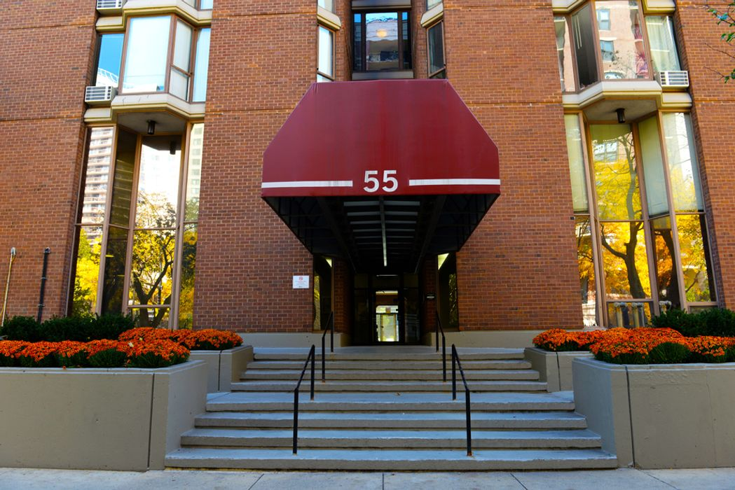 Student accommodation photo for 55 W. Chestnut in North Side, Chicago, IL