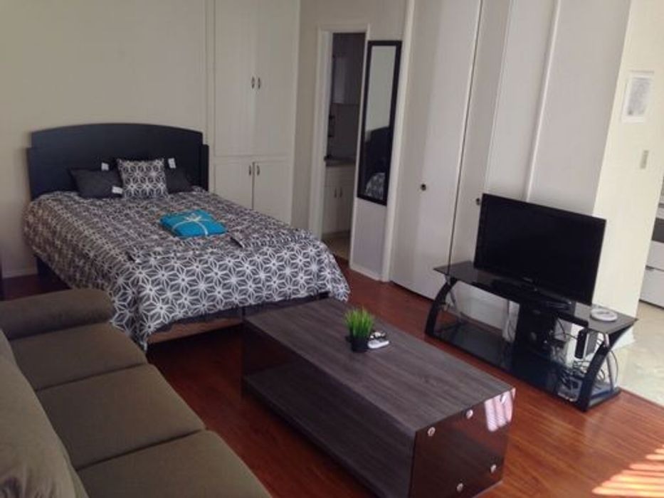 Student accommodation photo for Pelham Studio Apartment in West Los Angeles, Los Angeles