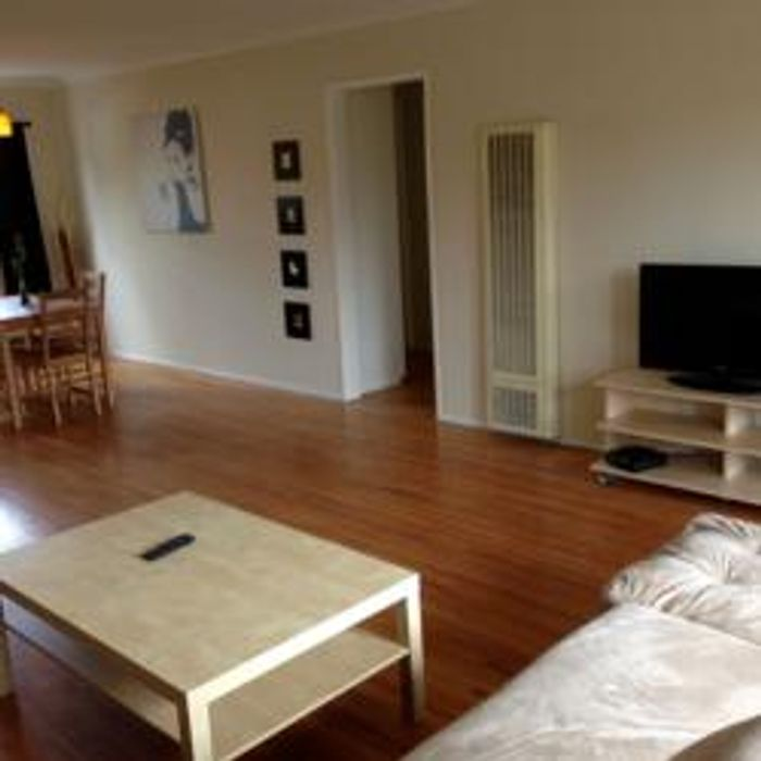 Student accommodation photo for 2635 23rd in Santa Monica, Los Angeles