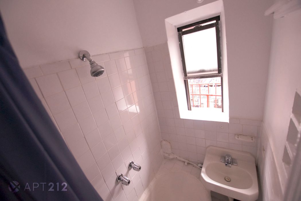 Student accommodation photo for Elizabeth & Prince in East Village, New York