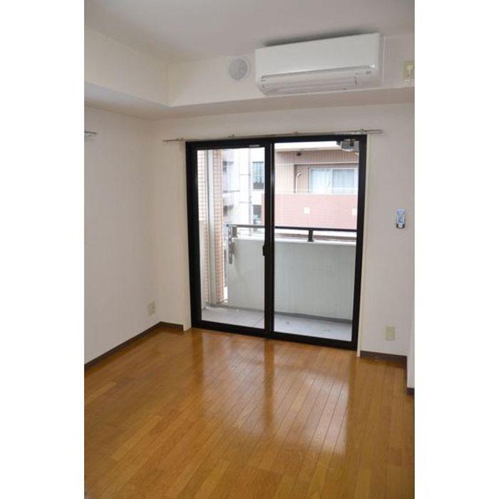 Student accommodation photo for Daiya Haitsu Okubo in Shinjuku, Tokyo