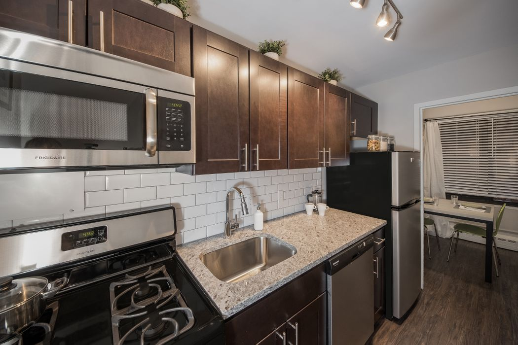Student accommodation photo for Hyde Park Properties in South Side, Chicago, IL