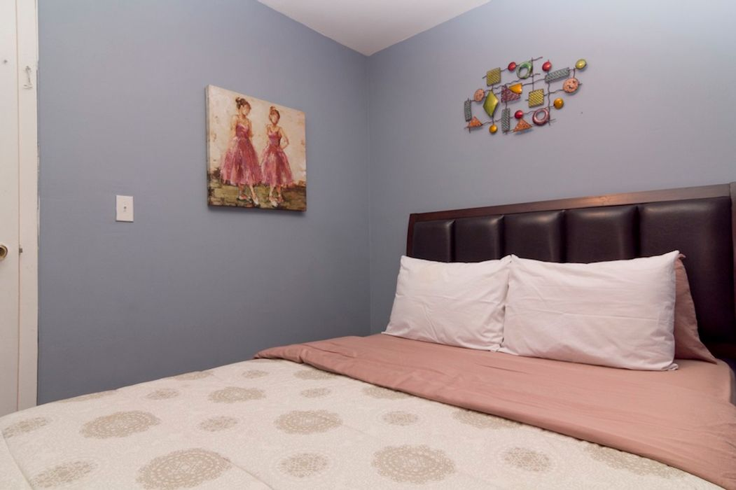 Student accommodation photo for 8th Ave & 47th in Midtown, New York
