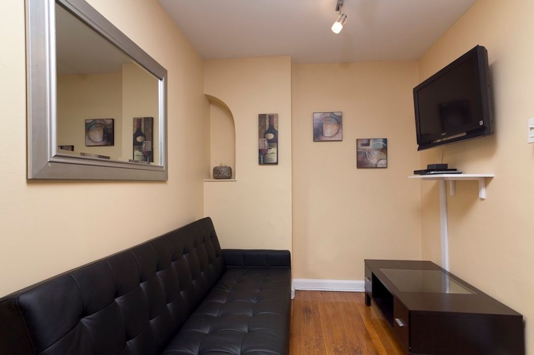 Student accommodation photo for 2nd Ave & E 52nd in Midtown, New York