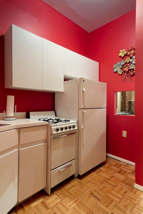 Student accommodation photo for 9th Ave & 46th in Midtown, New York