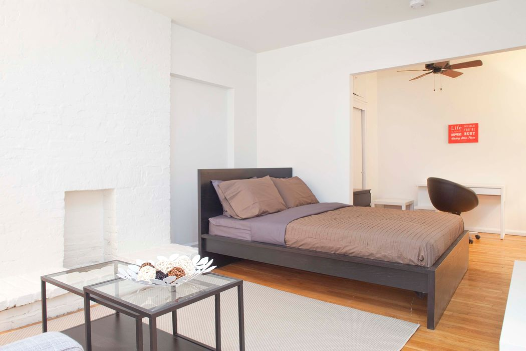 Student accommodation photo for 1st & 76th Street in Upper East Side, New York