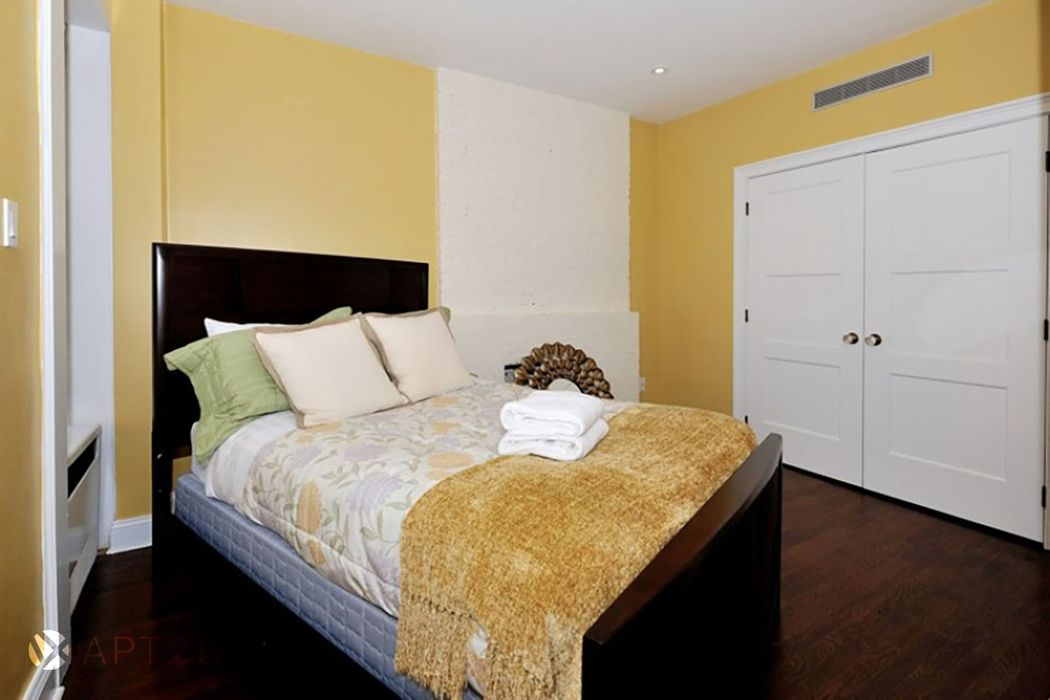 Student accommodation photo for 83rd & 2nd Ave in Upper East Side, New York