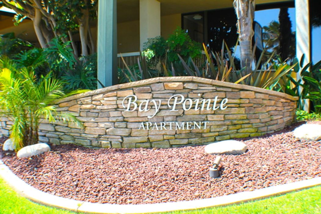 Pacific Beach Standard Shared Apartments (Bay Pointe)