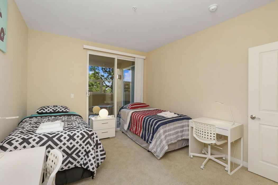 Student accommodation photo for Mirada Apartments in Golden Triangle, La Jolla