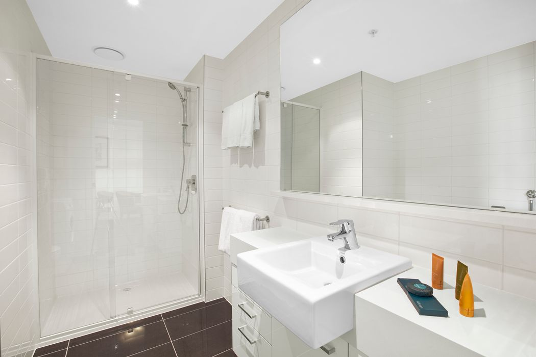 Student accommodation photo for Melbourne Short Stay Apartments – MP Deluxe in Melbourne City Centre, Melbourne