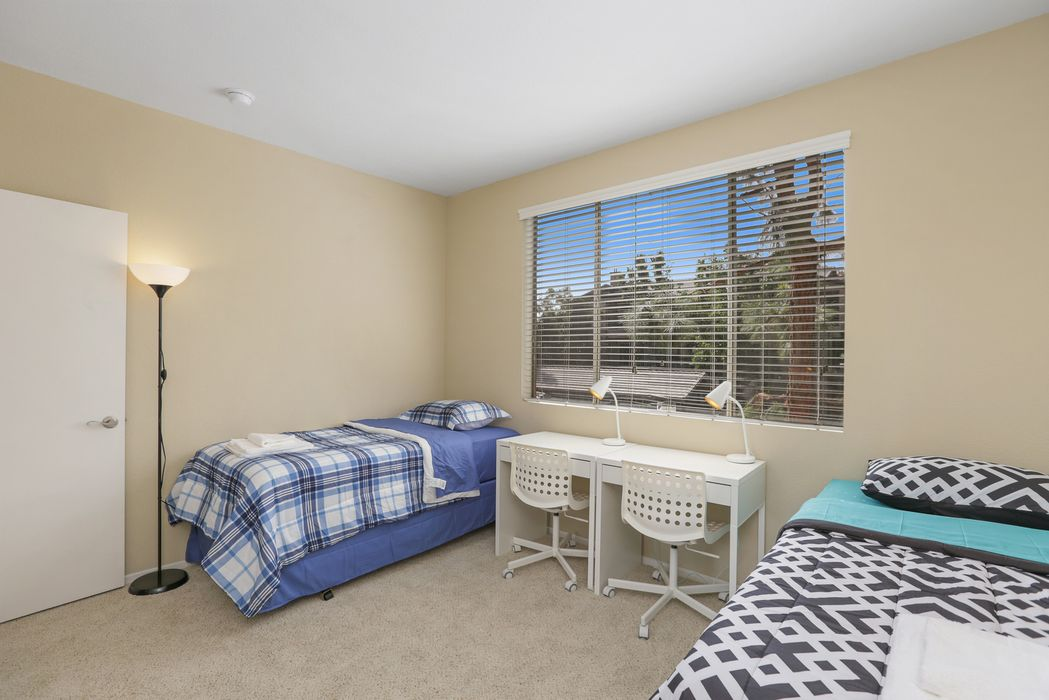 Student accommodation photo for Bay Hill in Long Beach, Los Angeles