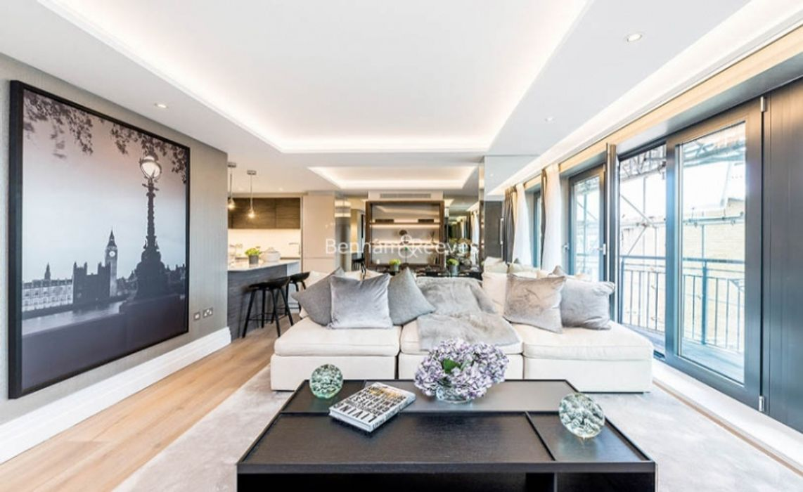Compass House Kensington Gardens Square Bayswater Hyde Park W2