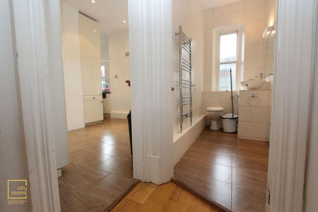 32 Ashburnham Mansions, Ashburnham Road SW10 0PA