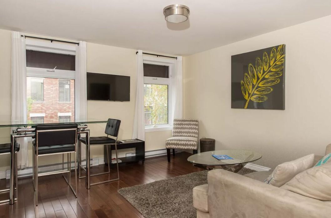 Sunny 1BR in The Village by Sonder