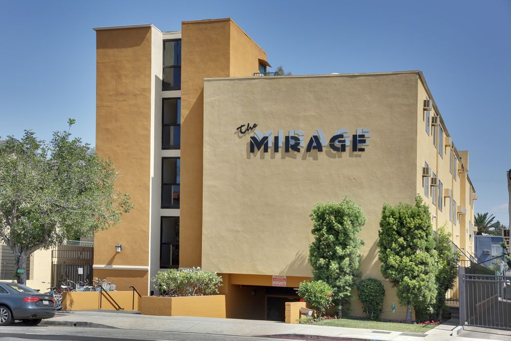 Student accommodation photo for The Mirage in University of Southern California, Los Angeles