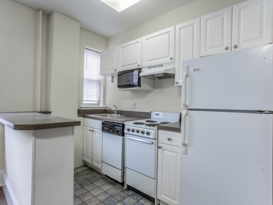 Student accommodation photo for 4111 Walnut Street - Campus Apartments in West Philadelphia, Philadelphia
