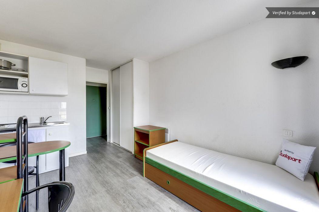 Student accommodation photo for Ohle Louis Pasteur in Central Rouen, Rouen