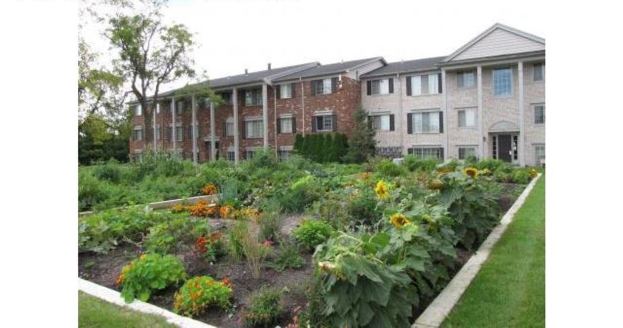Student accommodation photo for Woodbury Gardens Apartments in Southside Ann Arbor, Ann Arbor