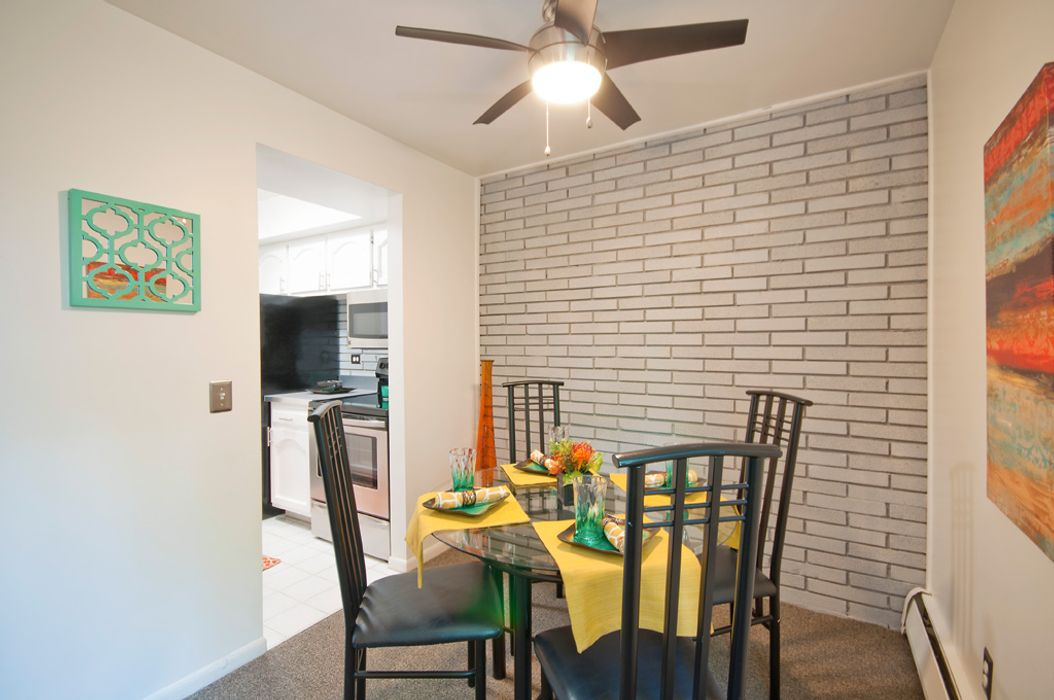Student accommodation photo for Eastwind Apartments in Burns Park, Ann Arbor