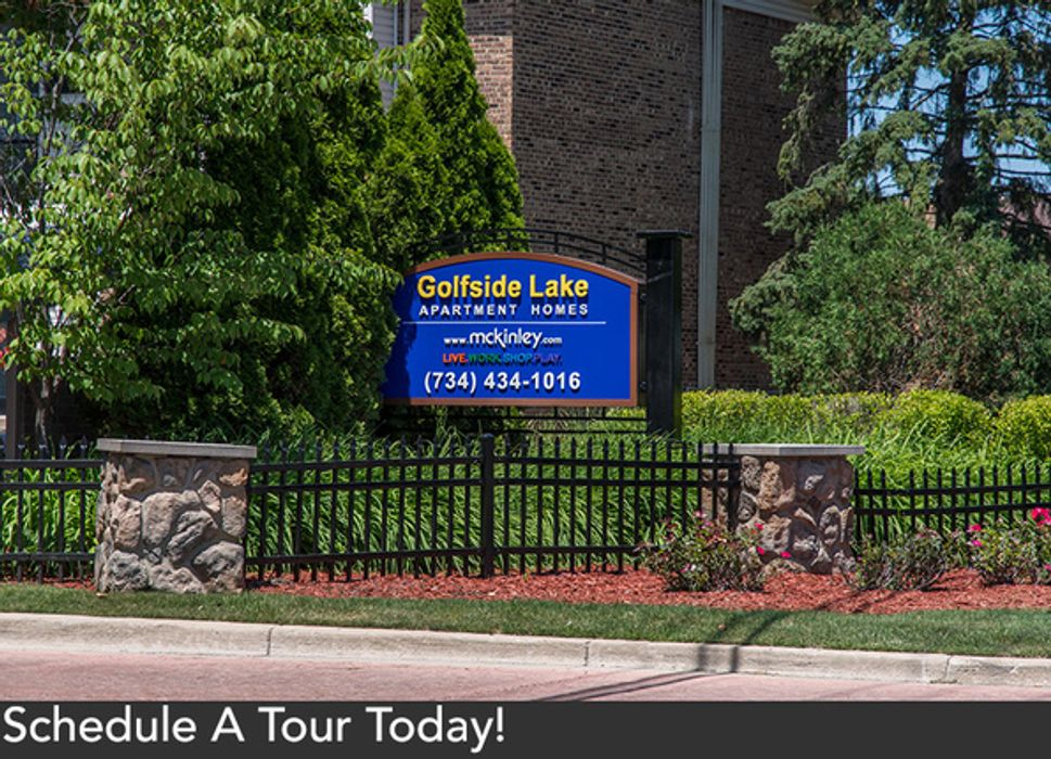 Student accommodation photo for Golfside Lake Apartment in Burns Park, Ann Arbor